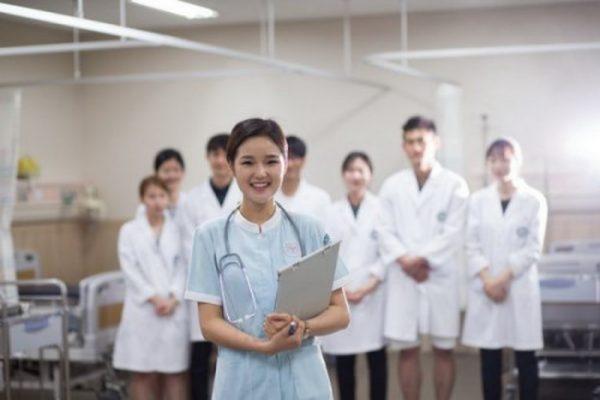 Tổng hợp các ngành nghề khối B? Học khối B làm nghề gì?